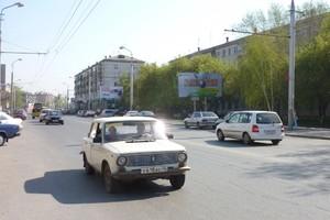 """ул. Куйбышева, 92, напротив стадиона """"Центральный""""_рекламные..."""